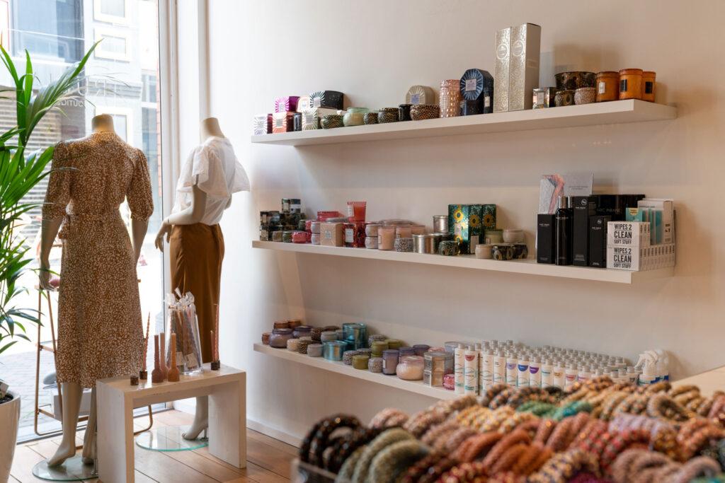 Interieurfoto van kledingwinkel Rubia Roosendaal - Conntext